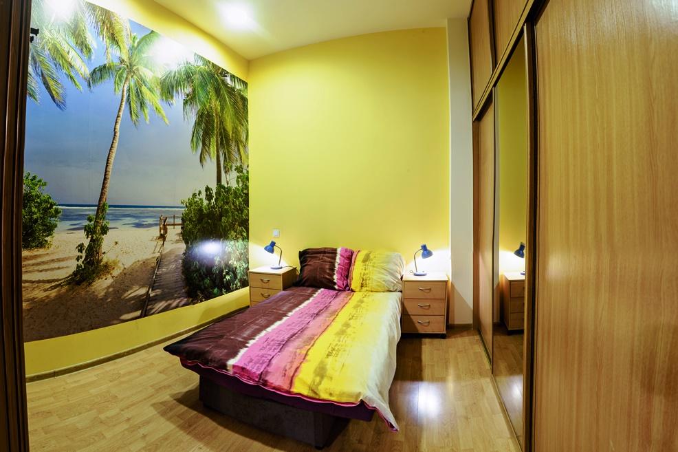 Sypialnia 2 szafa plaza palmy apartament